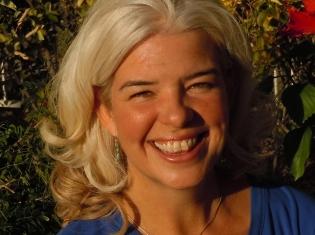 Alexandra M. Reimann, ND