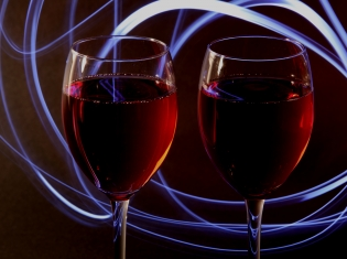 Light Drinking Lifts Aging Prospects