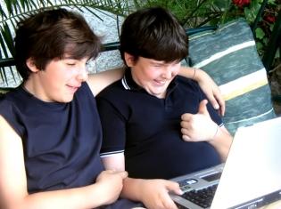 Teenage Waistband: Diabetes Rx May Fight Fat