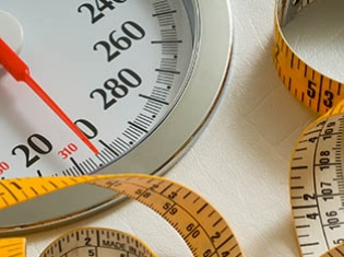 Diabetes Rx May Help Obese Drop Pounds