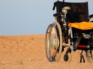 Falls Now Leading Cause of Spinal Cord Injuries