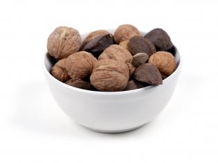 Heart-Healthy Nuts
