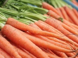 Melanoma Risks Reduced Through Nutrition