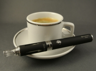 The Risks of Youth E-Cig Use