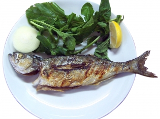 Fish and Exercise May Help Colon Cancer Patients