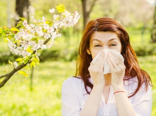 Allergy Home Remedies: What Does and Doesn't Work