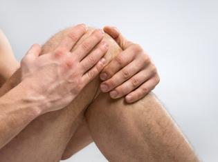 Better Sleep, Less Knee Pain