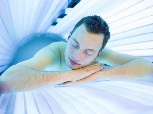 FDA Proposes Tanning Bed Ban for Underage Kids