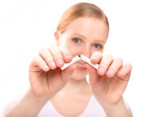 Smoking May Put Baby's DNA at Risk