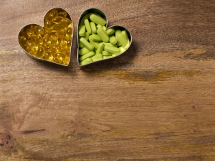 No Heart Risk Found for Common Supplements