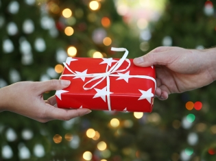 Gifts for a Healthy Holiday