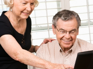 Using Computers to Avoid Dementia?