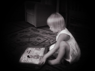 Early Reading May Build Brain Power