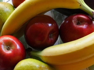 Eating More Fruit May Boost Heart Health