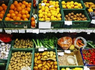 Fruits, Vegetables May Prolong Lives