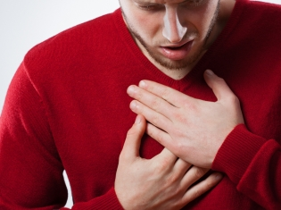Weight-Loss Surgeries Not Created Equal for Heartburn Patients