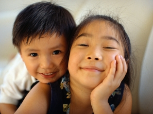 Siblings Play Formative, Influential Role as 'Agents of Socialization'