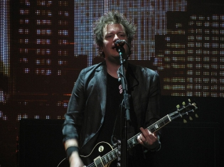 Green Day's Jason White Has Tonsil Cancer