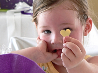 Child Distress and Chest Pain Linked