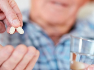 Popular Diabetes Rx May Not Cut Bladder Cancer Risk