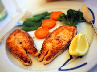 Fatty Fish to Lower RA Risk