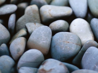 More Pounds Means More Risk of Stones