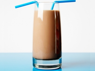 Refuel with Low-Fat Chocolate Milk