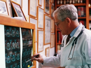 CT Scan Beneficial for Men, Not Women