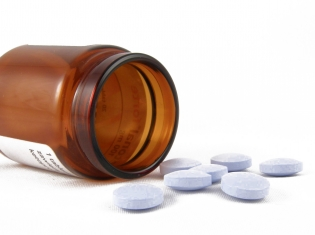 Mood-Stabilizing Rx Tied to Lower Risk of Some Cancers