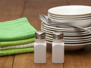 Most People Seem to Be Eating Right Amount of Salt