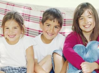 Bigger Kids' Waistline Tied to Skin Problem
