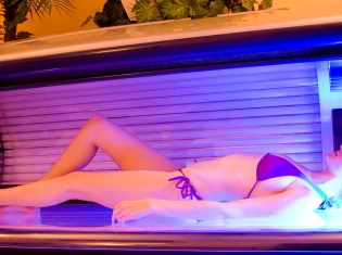 Indoor Tanning Common in Western Countries