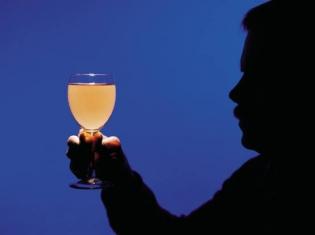 Social Drinking Keeps Alzheimer's Away