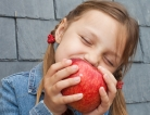 Apples and Oranges: How Kids Eat Their Fruit