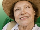 Hot Flashes May Signal Fracture Risk